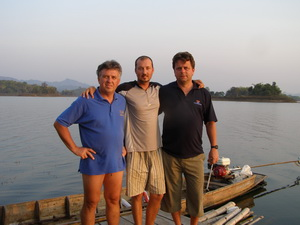 Jozsef, Tamas & Eddy Mounce jungle fishing in Khao Laem Dam Kanchanaburi