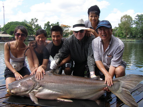 Fishing in Thailand at Bungsamran Lake