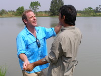 Robson Green & Alley fishing IT Lake Monsters Thailand
