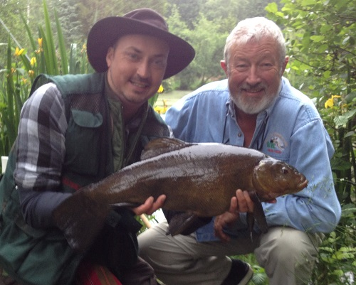 John Wislon & Eddie Mounce fishing in Norfolk - 6lb 08oz tench