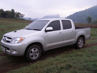 Fish Thailand's Toyota Hilux Vigo 4 door transport